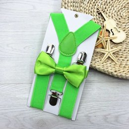 Wholesale Tie Outfits - Wholesale- New Fashion Design 13 Colors Kids Suspenders and Bowtie Bow Tie Set Matching Ties Outfits Hot