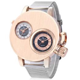 Wholesale Men Super Speed - V6 Super Speed V6010 Fashion Men Quartz Watch - GOLDEN & Black