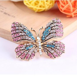 Wholesale garment butterfly - Wholesale- 2016 Hot Selling Colorful Rhinestone Butterfly Brooch for Women Garment Brooch Pin Christmas Gift Jewelry Accessories XZ003