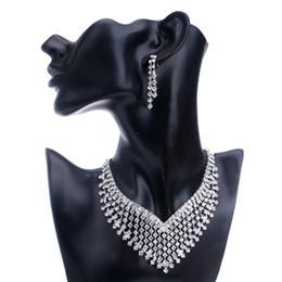 Wholesale Fshion Jewelry - 2017 Hot!New Fshion Bridesmaid Europe Jewelry Sets Rhinestone Necklace Earriry sets For Bridesmaid Exquisite Necklace and Earings Jewely