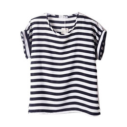 b5a3d3fe2f7 Wholesale- New Women Chiffon T Shirts Tops Ladies Loose Short Sleeve T-shirts  Striped Heart Lip 2017 Hot H2 cheap ladies red striped shirt