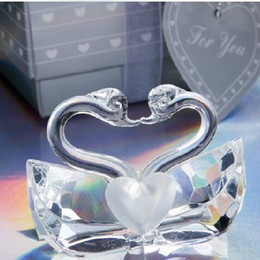 Wholesale Crystal Wedding Party Favors - Romantic Wedding Favors and Gift K5 Crystal Kissing Swans Figurines Bridal Shower Favor Crystal Swan WA1965