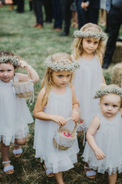 Wholesale Short Girls Chiffon Pageant Dresses - Princess 2018 Short Lace Flower Girls Dresses for Weddings Square Neckline Sleeveless Toddler Pageant Dresses Cheap Little Communion Gowns