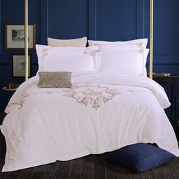 Wholesale Bedding Queen Sail - Tiibute Silk White Embroidery 100% Cotton Bedding Set Luxury Hotel Duvet Cover Set Sail Queen King size Bedclothes Bed Linen set