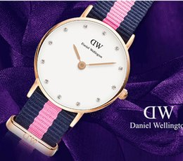 Wholesale Rhinestone Leather Women Watches - Women's Watches Luxury Brand Lady Gold Bracelet Fashion Quartz Watch Women Daniel Rhinestone with leather watch Relojes Mujer