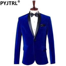 Samtkleidhosen online-Großhandels- (Jacke + Pants) Bräutigam-Smoking-Kleid-Kostüm-Studio-Saphir-Königsblau-Samt-dünne passende Klage-Hochzeits-Anzüge für Männer