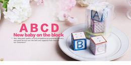 """Blocs bébé en céramique """"New Baby on the Block"""" Salière et poivrière Baby Gifts ? partir de fabricateur"""