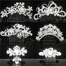 Wholesale Hair Headpiece Wholesale - Bridal Wedding Tiaras Stunning Fine Comb Bridal Headpieces Jewelry Accessories Crystal Pearl Hair Brush utterfly hairpin for bride