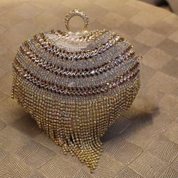 Wholesale American Heart Hoops - Fashion Handbags Top Quality Diamond Tassel Evening Bags Heart Shape Gold Clutch Women Bags Party