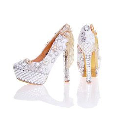 Wholesale Ivory High Heels Bow - 2017 New Arrival Women High Heel Shoes White Pearl and Crystal Wedding Dresss Shoes with Bow Tassel Rhinestone Prom Party Pumps