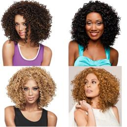 Corti short parrucca ricci online-CALDO! Europa e Stati Uniti The Short Curly Ladies Parrucche moda commercio estero stile caldo Testa africana Rosa netto I cappucci per parrucche 4586