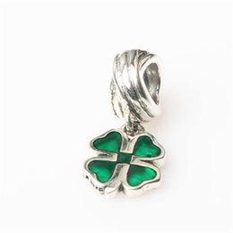 Wholesale Silver Clover Bead Charms - 10pcs lot Green Or Red Clover Dangle Ale Charm Bead Real 925 Sterling Silver European Retro Style Women Jewelry For Pandora Bracelet