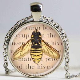 Wholesale Queen Bee Necklace - Queen Bee Jewelry Glass Art Pendant,Picture Pendant,Honey Bee Necklace