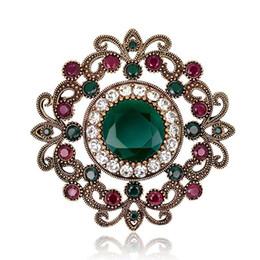 Rétro fleur cristal Broche broche Placage de mariage Banquet Broches Vêtements décoration de luxe diamant creux broche bijoux de mode ? partir de fabricateur
