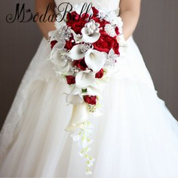 Wholesale Red Rose Wedding - Artificial Pearl And Crystal Bridal Bouquet Ivory Brides Handmade Brooch Bouquet Noiva Red Cascading Wedding Bouquet Waterfall