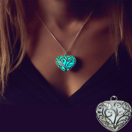 Wholesale Glow Patterns - Wholesale- Unisex Love Heart Stone Glow Plated Silver Necklace Pendant Luminous Pattern Plant Women Men Unique Jewelry Accessories