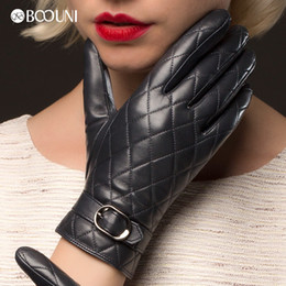 Wholesale Fashion Fingerless Leather Gloves Women - Wholesale- Genuine Leather Gloves Women Fashion Plaid Real Sheepskin Glove Winter Thicken Warm Top Quality Driving Gloves NW701