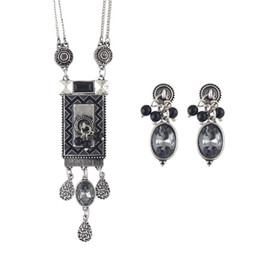 Wholesale Vintage Style Necklaces Wedding - Tibetan Style Vintage Silver Color Rhinestone Long Necklace Earrings Set