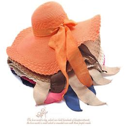2019 chapeaux de paille 6 couleurs, Large Large Floppy Brim Été Plage Sun Straw Plage Derby Chapeau Capable Flexible, 12 pcs chapeaux de paille pas cher