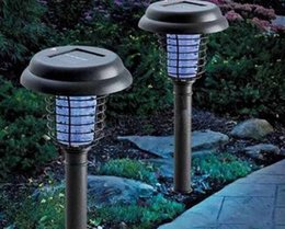 Wholesale Anti Mosquito Light - NEW LED Solar Powered Outdoor Yard Garden Lawn Light Anti Mosquito Insect Pest Bug Zapper Killer Trapping Lantern Lamp MYY