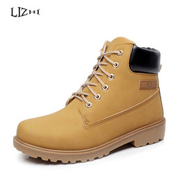Wholesale Leather Shoes Women England - Wholesale- Warm Women's Winter Leather Boot Women Outdoor Waterproof Rubber Snow boots Leisure Martin Boots England Retro Shoes Woman D0954