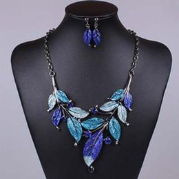 Wholesale Wholesale State Shaped Necklaces - Europe and the United States retro classic style leaves shape color oil drilling necklace with earrings jewelry