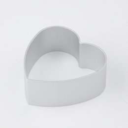Wholesale Heart Shape Cupcake Liners - Wholesale- Heart Shaped Mold Biscuit Pastry Muffin Cases Cake Cupcake Liner Baking Mold Cutter Mold