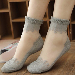 Wholesale Transparent Shorts Girls - Amazing Summer Ultrathin Transparent Crystal Silk Lace Elastic Short Socks Women Girls Lace Wear-resistant Slip-resistant Invisible Socks