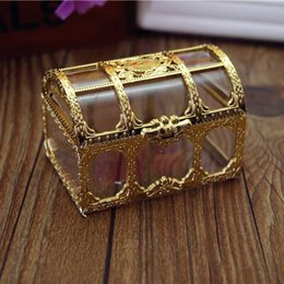 Wholesale Transparent Gift Boxes Wholesale - 80pcs Lot New Arrival Luxury Golden Transparent Plastic Wedding Gift Box Top Grade Candy Box Free Ship