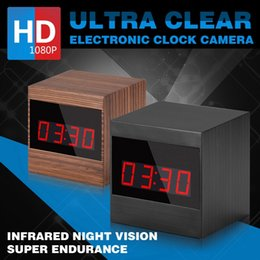 Reloj de tarjeta de video online-A10 HD 1080P Grano Infrarrojo Control remoto Reloj despertador Cámara 6 Encendedores LED Visión nocturna Reloj de mesa Cámara de video Soporte TF Tarjeta