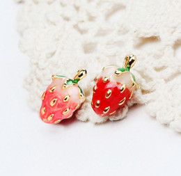 Wholesale Cute Pink Stud Earrings - New Fashion earring Esmalte Enamel Red Pink Cute Strawberry Earrings Studs for girls and woman ER722