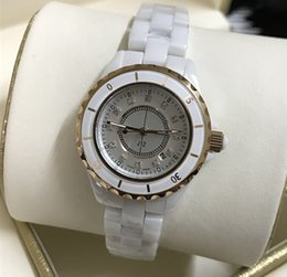 Wholesale ceramic watches white gold - Luxury Brand Lady White Black Ceramic Watches High Quality Quartz Wristwatches For Women Fashion Exquisite Women Watches