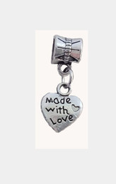 Wholesale Heart Alphabet Bead - Europe and America selling pretty woman jewelry LOVE Loose Beads heart-shaped alphabet lettering pendant fashion bracelet accessories