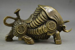 Wholesale Antique Chinese Coins - Exquisite Chinese Handwork Copper Whole Body Coin Wealth Lifelike Bullfight Auspicious Statue