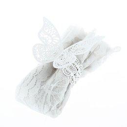 2019 tisch-designs für hochzeiten Großhandels- Neue 12 PC / Los Perlglanzpapier-Schmetterlings-Servietten-Ring-Hochzeits-Party Servietten-Tisch-Dekoration-Zusatz-Bankett-Abendessen-Dekor