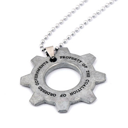 Wholesale Gears Wars - Game Jewelry Gears of War Necklace Keychian Jewelry Silver Plated Long Necklaces Pendant Key Chian For Gift