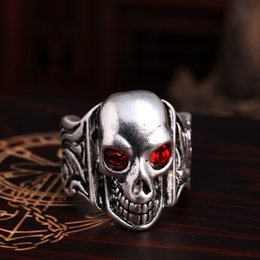 Wholesale Fashion Jewerly Rings - Red Rhinestone Skull Cluster Rings 316L Stainless Steel Cowboy Skull Ring Man's Jewerly High Quality Rings Men Fashion