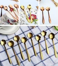Wholesale Gold Tea Spoons - Golden Flower Shape Spoon Stainless Coffee Spoon Dessert Spoons Food Grade Stainless Ice Cream Candy Tea Tableware Kitchenware IC612