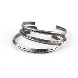 Style national indien Antique Silver hommes et femmes en acier inoxydable manchette bracelets unisexe gros bracelets bijoux accessoires ? partir de fabricateur