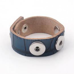 Wholesale Men Slapping Women - Snap Button Bracelets promotion real cowhide bracelet randomly send color 18MM Snap Button Bracelets For Women and men Leather Bracelet