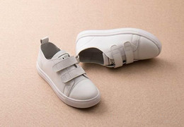 Wholesale wengkk store kids real leather sneakers fashion sporting shoes for children top selling high quality