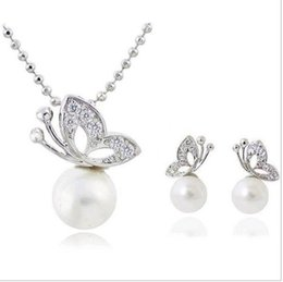 Wholesale Imitation Pearl Necklace Sets - Fashion Full Rhinestone Butterfly imitation pearl romantic Earrings Necklace Jewelry Sets Wholesale For Women C33