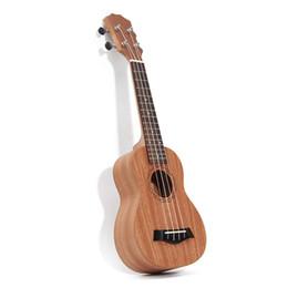 Guitarra havaiana on-line-O ENVIO GRATUITO de 21 polegada 15 Frets Mahogany Soprano Guitarra Ukulele Uke Sapele Rosewood 4 Cordas Guitarra havaiana para iniciantes ou jogadores Básicos