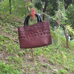 Wholesale Natural Handicrafts - Wholesale Thai version of grass weaving the new straw bag handicrafts natural environmental weaving women bag holiday beach bag