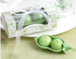 Wholesale Salt Pepper Green - Two Peas in a Pod Salt and Pepper Shakers Wedding Favors party kitchen