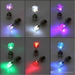 Wholesale Ear Magnets - LED Flash Earrings Flash Flash earrings Hairpins Strobe LED ear ring Lights Strobe flashing Nightclub party Crystal Magnets Fashion lighting