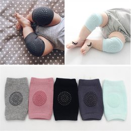 Wholesale Baby Crawling Cartoon - Baby Knee Pads Crawling Cartoon Safety Cotton Protector Kids Knee caps Children Short Knee pad Baby Leg Warmers JC224
