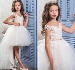 Wholesale Girl Hi Tops - New Arrival 2017 Hi Lo Flower Girls Dresses with Lace Top Cap Sleeve Communion Dresses Princess Birthday Party Dresses with Button Back