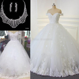 Wholesale Dresses Necklace - 2017 White Full Lace Wedding Dresses Vintage Arabic Off-the-shoulder Beads Bridal Gowns Handmade Flowers Lace Up Wedding Gowns Free Necklace