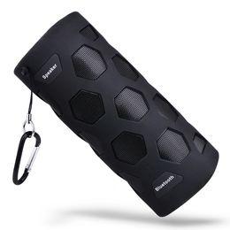 2019 cais para exterior Atacado-portátil ao ar livre impermeável Bluetooth Speaker 10W Super Bass Music Player com microfone e banco de potência de carregamento função desconto cais para exterior